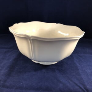 Wedgwood_queens_plain grote slaschaal