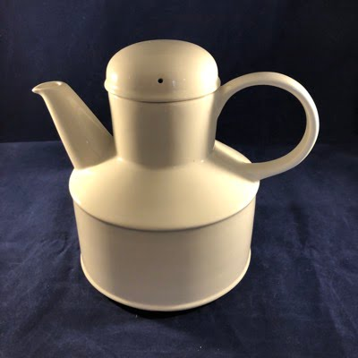 wedgwood midwinter theepot
