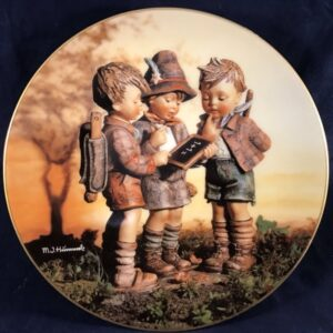 Hummel sierbordje 'Onze eerste schooldag'